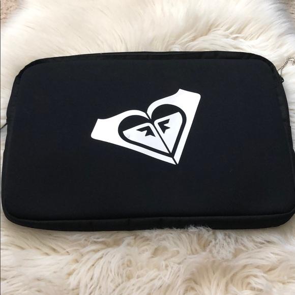 Roxy Handbags - Roxy Laptop case